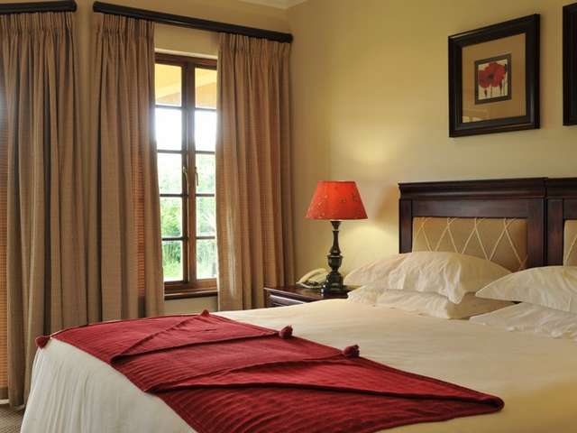 Champagne Sports Resort  A Drakensberg Hotel With A 18